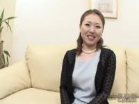 【無修正】宮下綾 夫がマザコンで離婚したOLと裸エプロンSEX