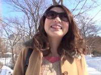 【無修正】顔出しNG巨乳娘をハメ撮り!!結局サングラスを外すwww