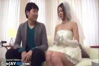 【無修正】ウェディングドレス 美乳