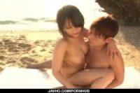 【無修正】[真木今日子]綺麗なビーチで可愛い茶髪お姉さんに後ろから抱き着いてベロチューセクハラ