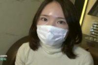 【無修正】【無】マスク姿の25歳巨乳妊婦がM字開脚でマンコ丸出し電マ攻めに痙攣