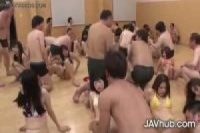 【無修正】巨大なハードコア無修正日本人乱交(ビデオの下のリンク)
