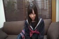 某you●uberの妹に激似のアウロリ娘の撮影ハメ動画を入手wwwwwwwwwww